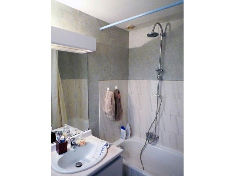 Salle de bain à Voisins le Bretonneux Base